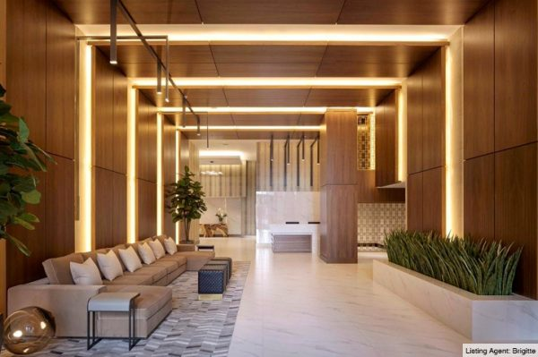 09-Aventura-Park-Square-Lobby-2019